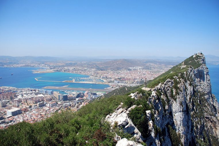 Round trip private transfer from Faro Airport in Portugal to Gibraltar
